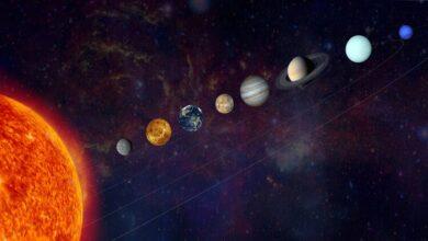 اي مما يلي يعتبر من الكواكب الداخليه الصخريه