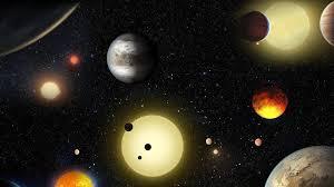 ما الوحده المناسبه لقياس المسافات بين النجوم