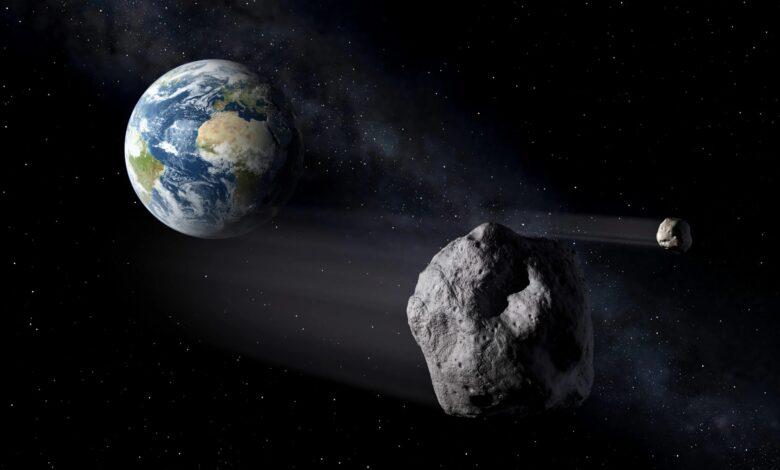 الجرم الصخري الذي يدور حول الشمس ولكنه اصغر من ان يكون كوكبا هو
