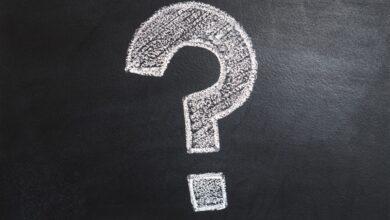 ما هما المجسمان المختلفان من حيث عدد الأحرف في كل منهما ؟